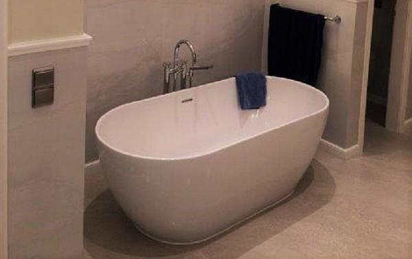 badewanne sondergrosse. Black Bedroom Furniture Sets. Home Design Ideas