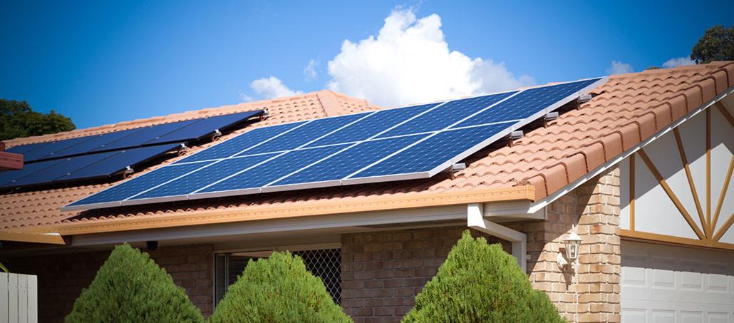 Bild zu Artikel: Mit der Photovoltaikanlage Geld sparen