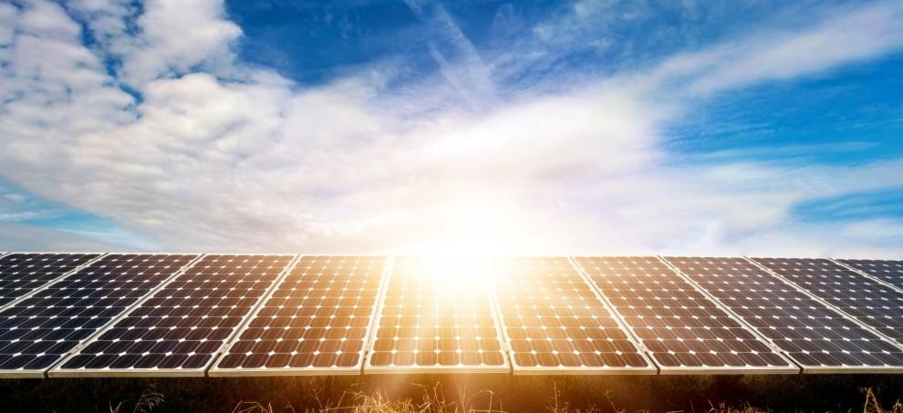 Bild zu Artikel: Photovoltaik: Altweibersommer nützen!